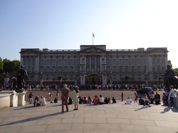 A rainha estava em casa